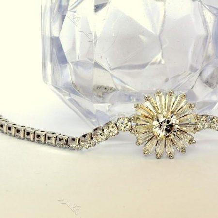 دستبند دخترانه نقره ای طرح قاصدک کلیو با کریستالهای سواروسکی Ds-n193