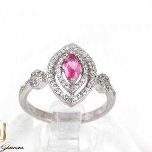انگشتر دخترانه نقره با نگین های کریستالی سفید و صورتی dl-a110 از نمای روبرو