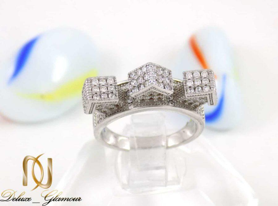 انگشتر نقره زنانه طرح میکرو خانه ای با نگین های سفید زیرکونیا dl-a109 از نمای بالا