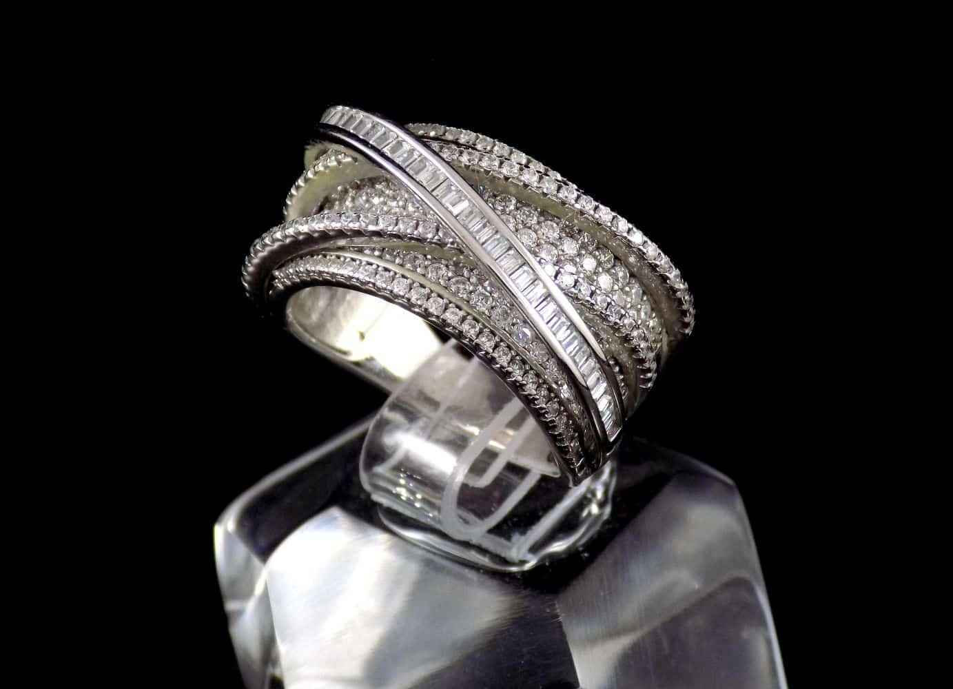 انگشتر نقره زنانه 8.65 گرمی با نگین های زیرکونیا سفید رنگ DL-A103 (3)