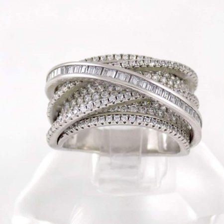 انگشتر نقره زنانه 8.65 گرمی با نگین های زیرکونیا سفید رنگ DL-A103