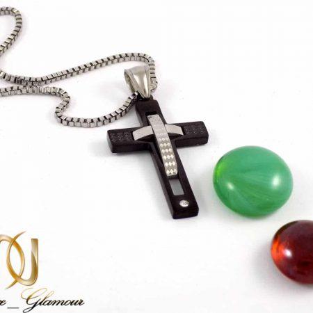 ست دستبند چرم و گردنبند استیل طرح صلیب مردانه A-B101 از نمای پلاک