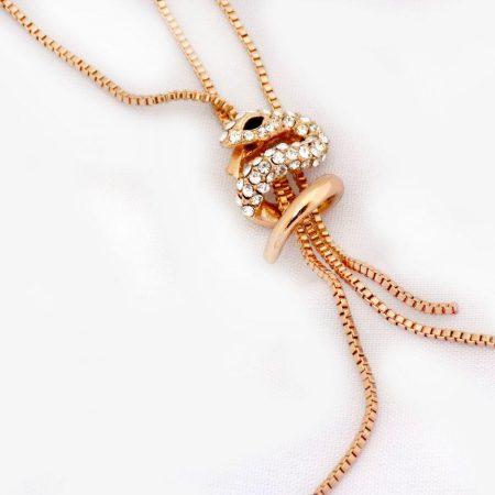گردنبند جواهری طرح مار کلیو با نگین های سواروسکی nw-n158 از نمای کنار