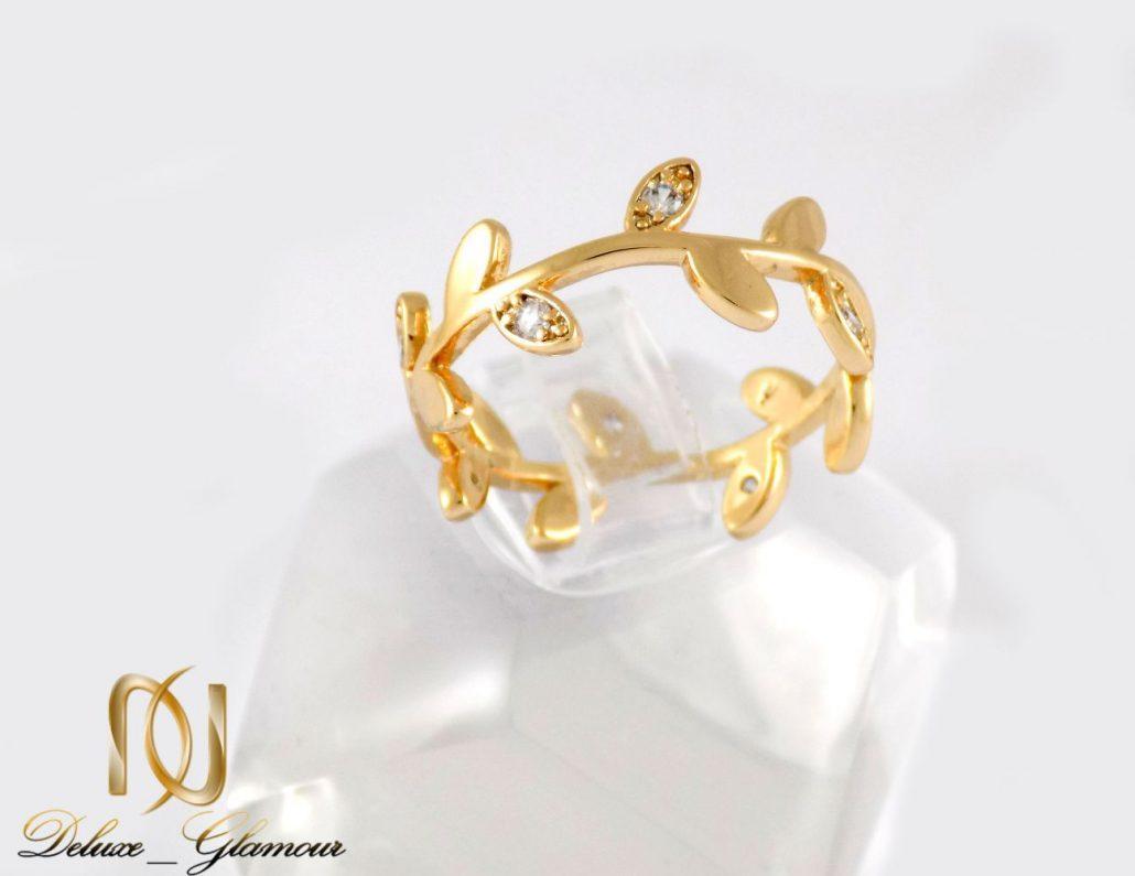 انگشتر دخترانه ژوپینگ با طرح برگ و روکش آب طلا dl-s122 از نمای روبرو