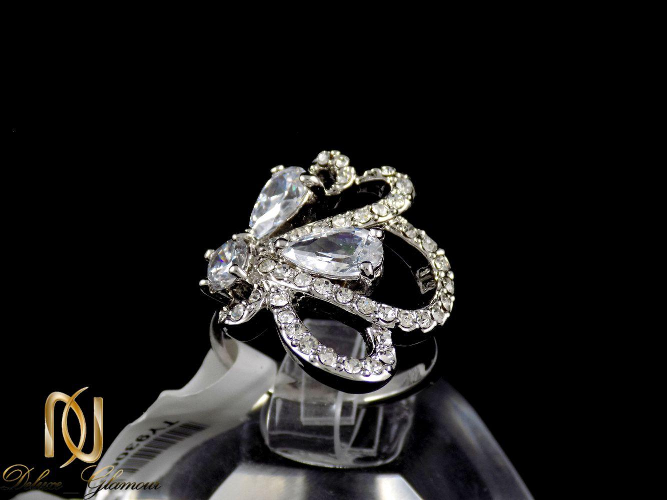 انگشتر زنانه استیل طرخ جواهر TOKE با نگین های زیرکونیا RG-N176 از نمای مشکی