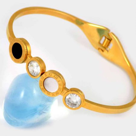 دستبند دخترانه استیل طرح بولگاری با روکش آب طلا ds-n205