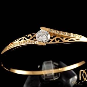 دستبند دخترانه ژوپینگ با قطر 60 میلی و نگین های زیرکونیا ds-n162 از نمای مشکی