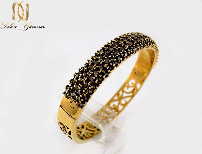 دستبند زنانه طرح طلای استیل نگین مارکازیت با قطر 57 میلی متری DS-N165 از نمای کنار