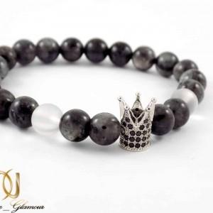 دستبند ست دخترانه و پسرانه سنگ عقیق صنعتی طرح کینگ و کویین ah-d108 از نمای دستبند سفید