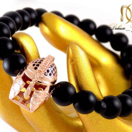 دستبند مردانه سنگ اونیکس مات با مهره استیل ah-d107 از نمای نزدیک