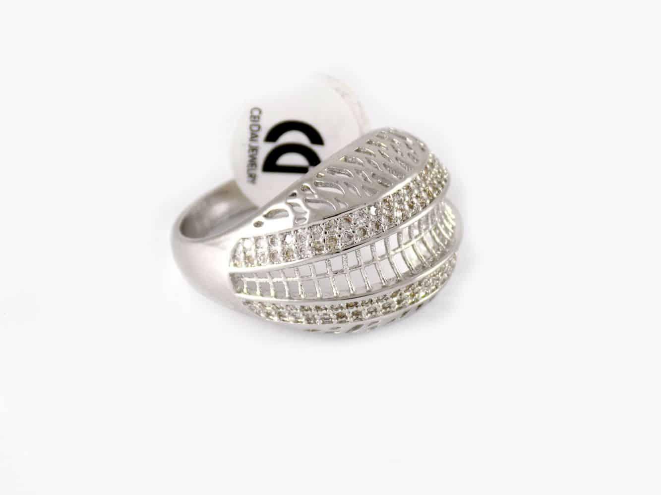 انگشتر زنانه توری استیل برند C.D طرح طلا سفید rg-n195 از نمای کنار