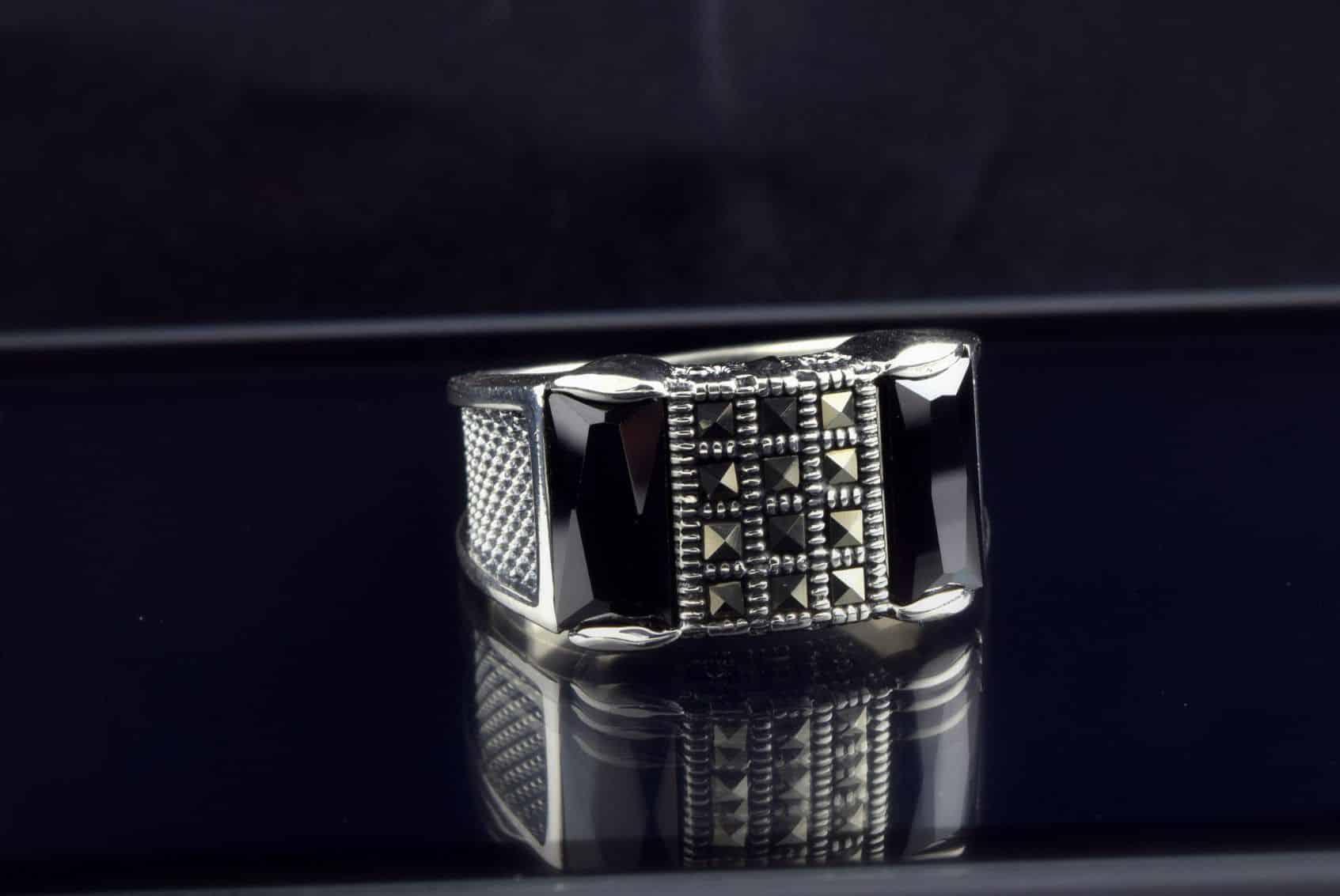 انگشتر مردانه نقره 925 لوکس با مارکازیت سواروسکی rg-n185