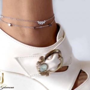 پابند دخترانه استیل دو لاینه طرح خوشه و مهره مکعب pa-n104 از نمای روی پا