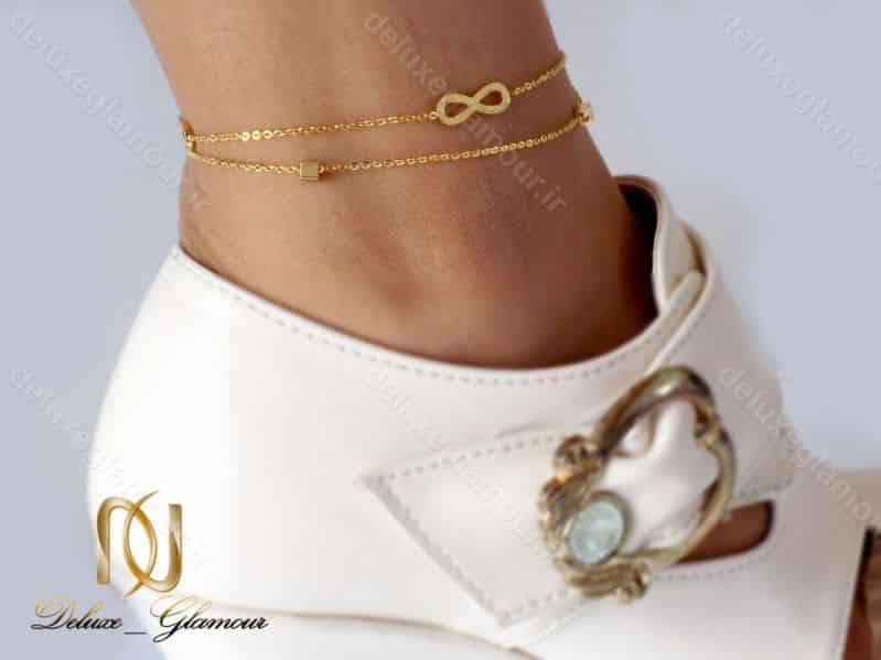 پابند دخترانه استیل طرح بی نهایت دو لاینه طلایی pa-n103 از نمای روی پا