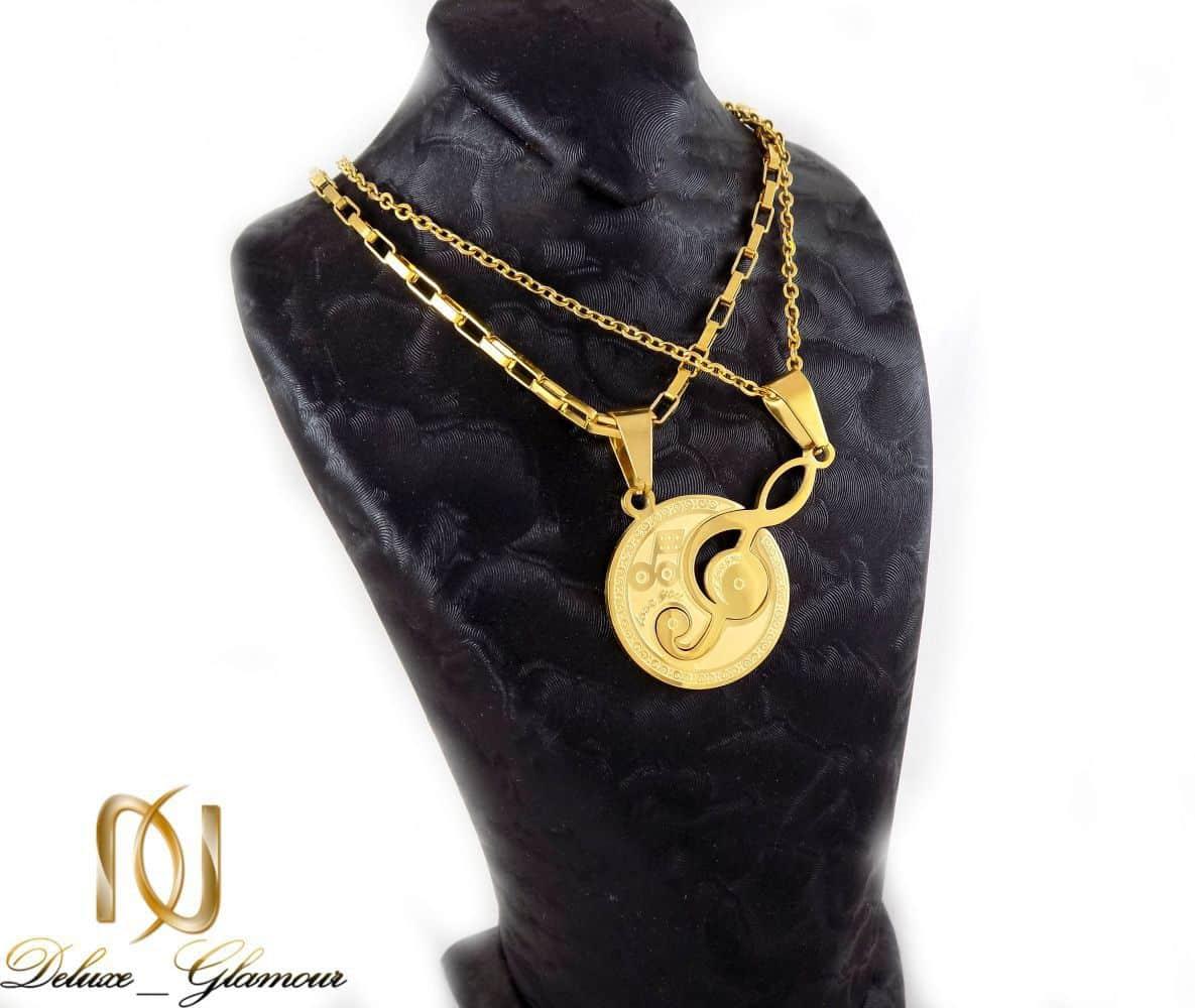 گردنبند ست دخترانه و پسرانه استیل طرح کلید سل pr-fm109 از نمای روی استند