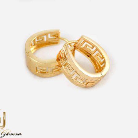 گوشواره حلقه ای ژوپینگ طرح طلا با طرح ورساچه er-n149 از نمای روبرو