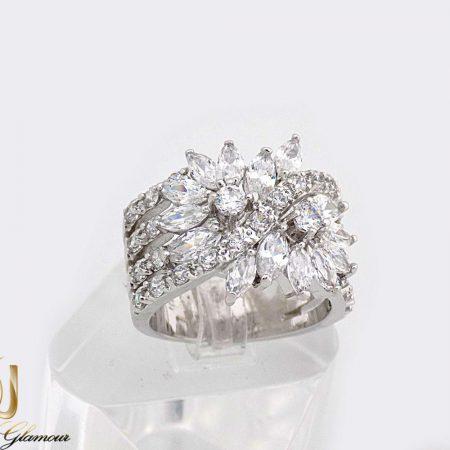 انگشتر زنانه جواهری کلیو با نگین های سواروسکی اصل rg-n235 از نمای سفید