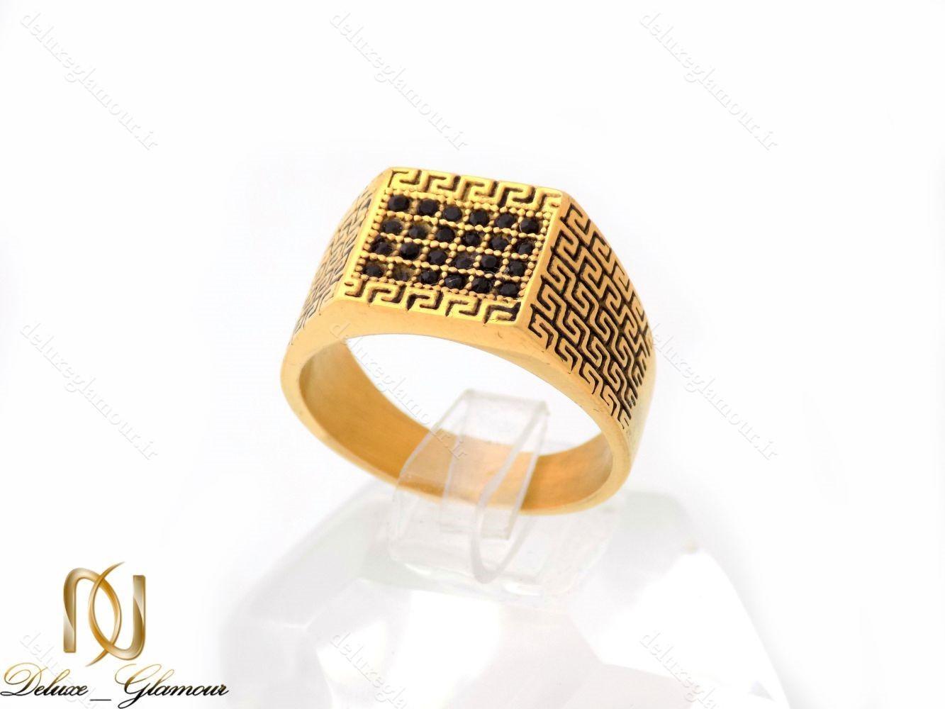 خرید انگشتر مردانه استیل طلایی با نگین های مارکازیت مشکی RG-N226