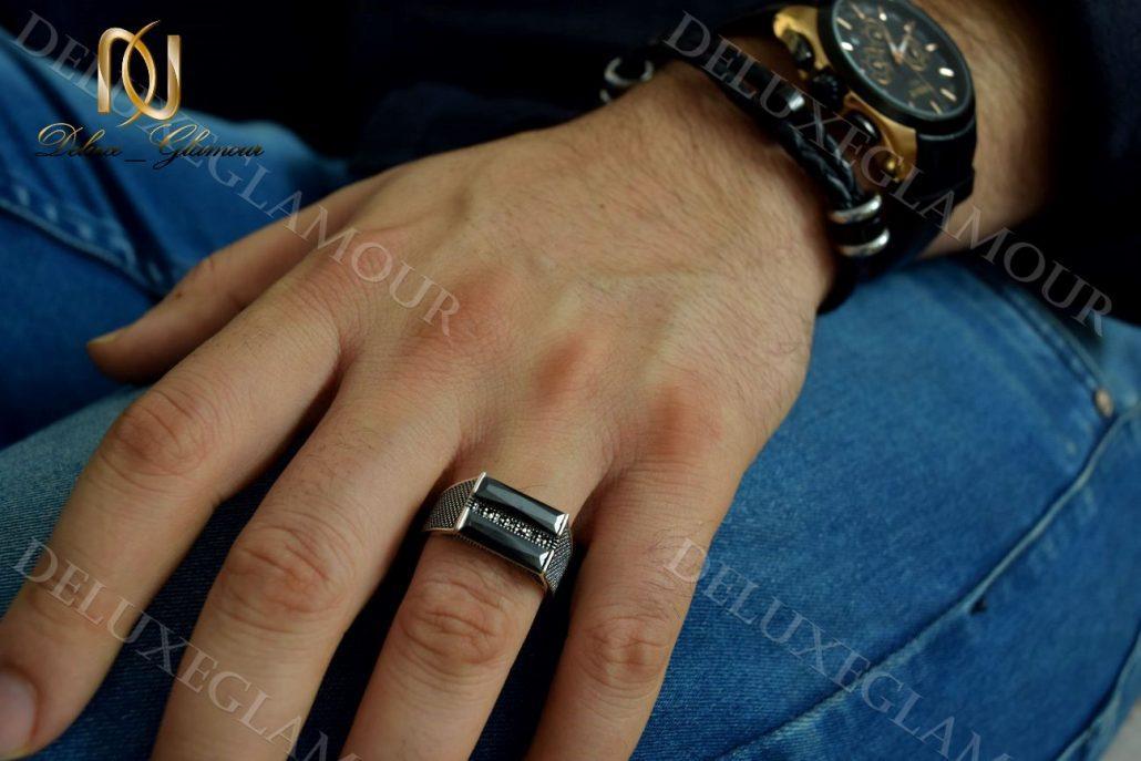 انگشتر مردانه نقره با نگین عقیق و مارکازیت rg-n204 - روی دست