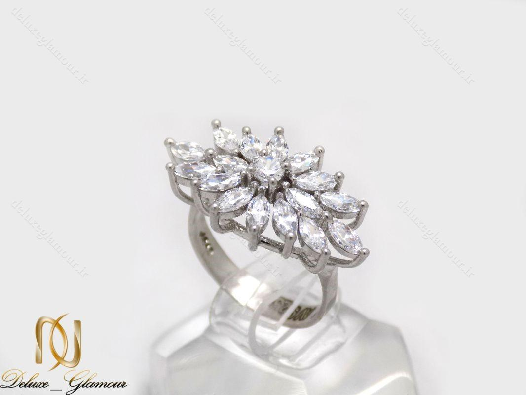 انگشتر نقره زنانه طرح گل با نگين هاي برليان اتمي rg-n219 از نماي روبرو