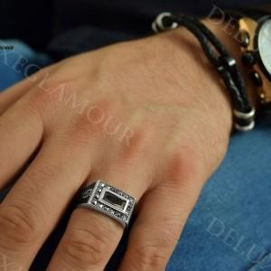 انگشتر نقره مردانه با نگین عقیق و مارکازیت Rg-n208 - عکس روی دست