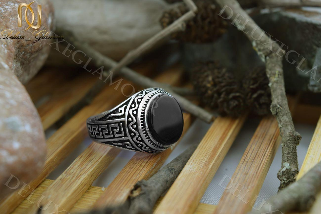 انگشتر نقره مردانه سیاه قلم با عقیق مشکی Rg-n210