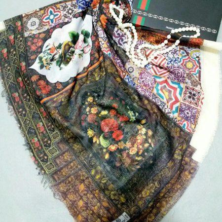 نمای نزدیک روسری طرح سنتی نخی ریشه سوزنی قواره بزرگ sr-n117