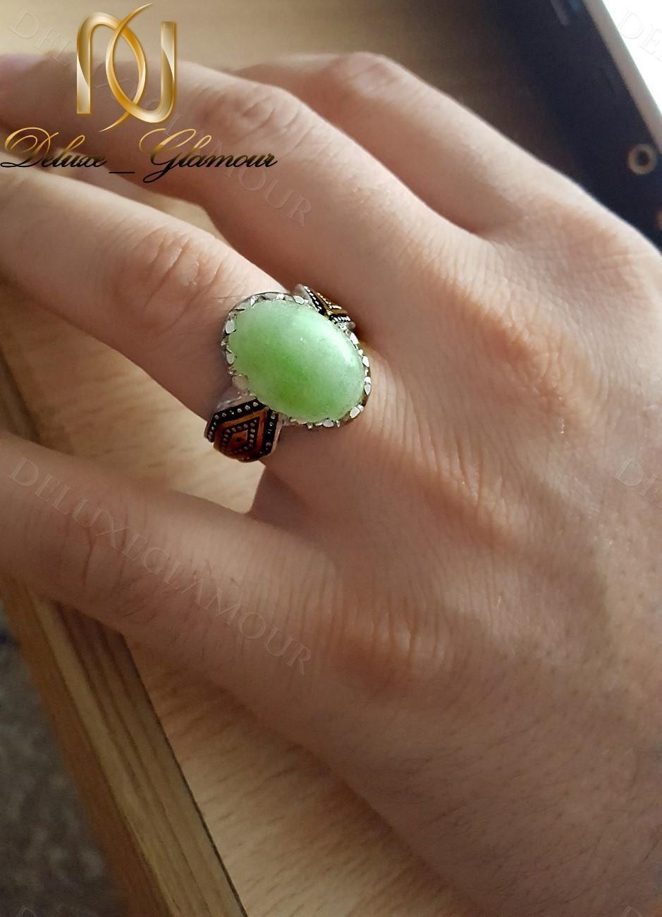 خرید انگشتر مردانه نقره با سنگ شب چراغ Rg-n240 - روی دست