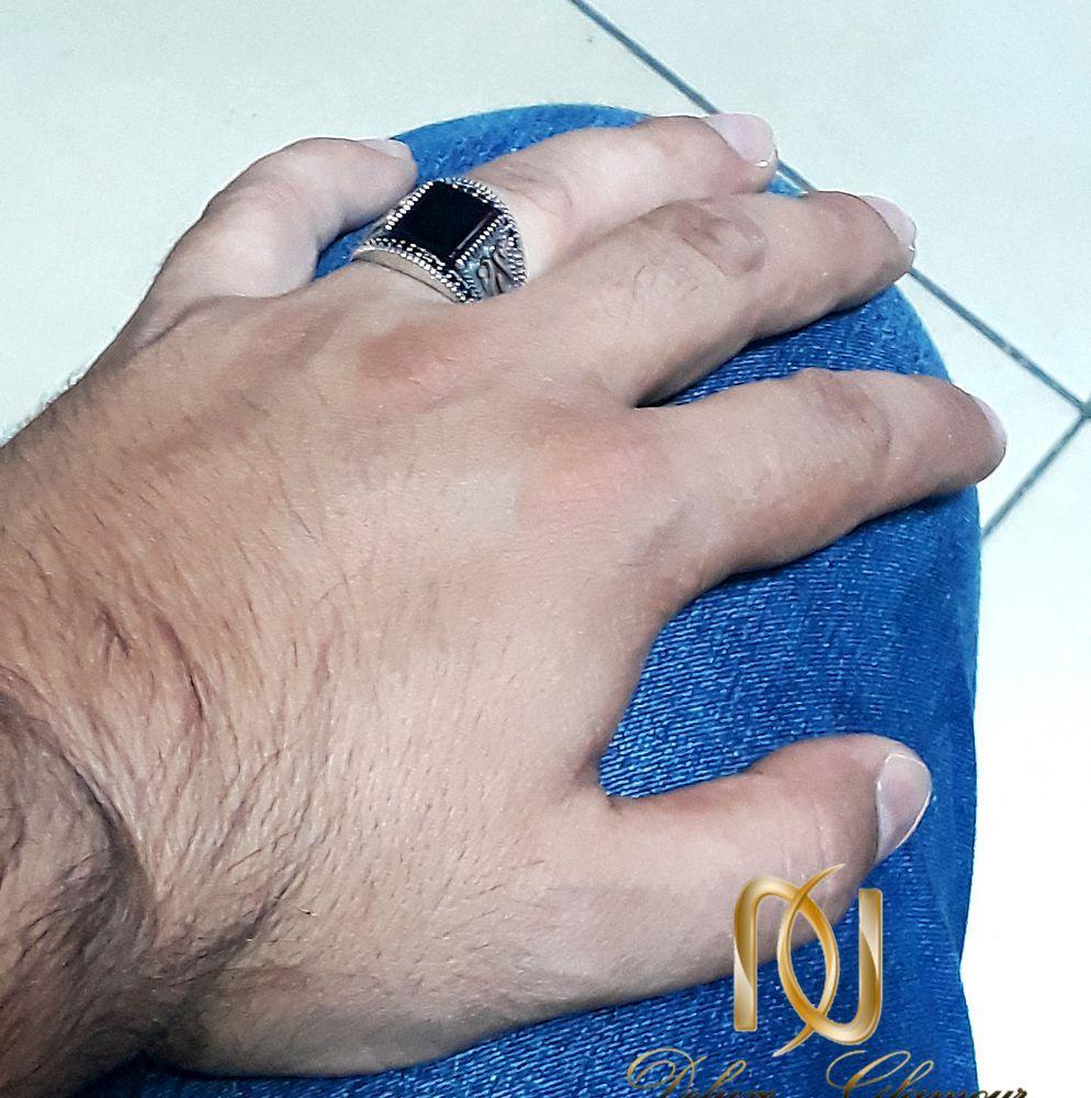 انگشتر نقره مردانه با نگین عقیق مشکی  rg-n245