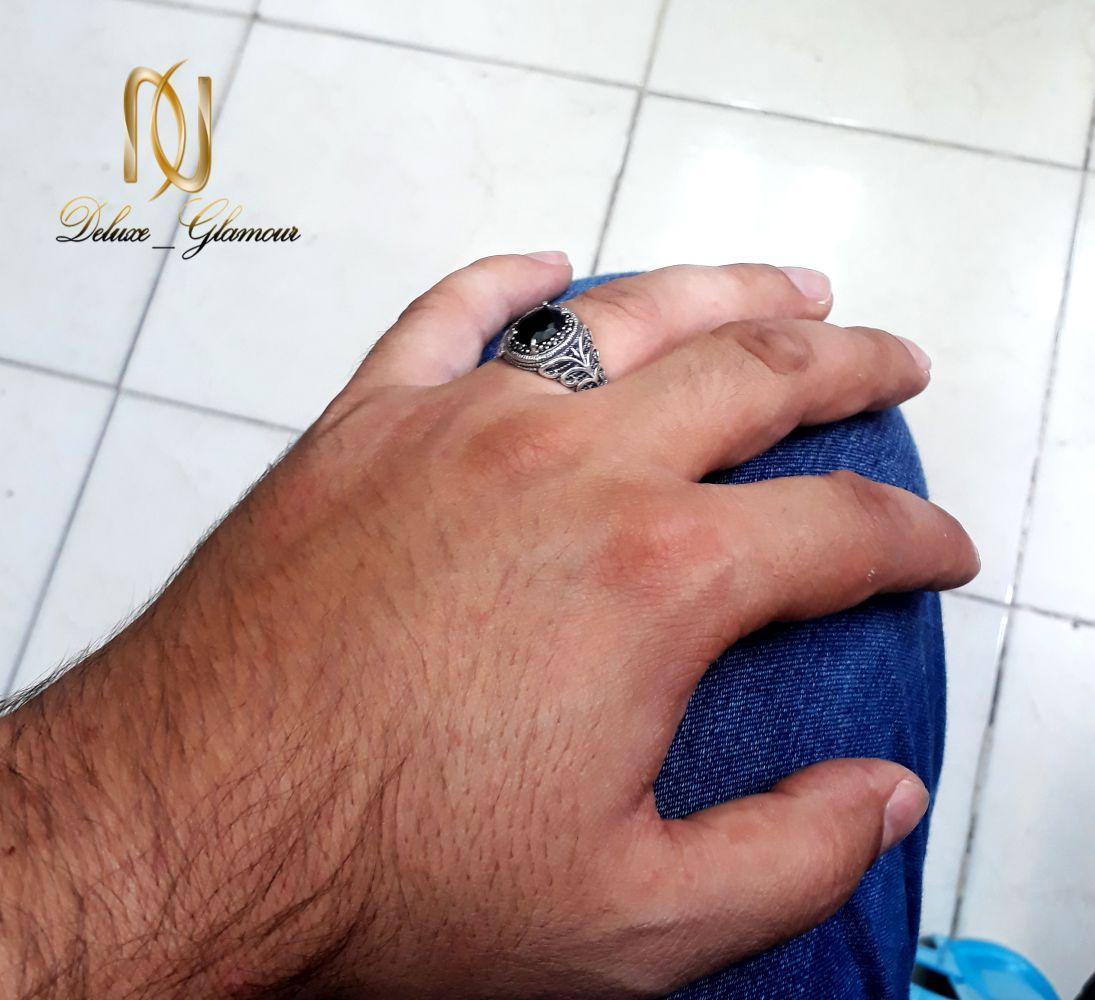 انگشتر نقره مردانه عیار 925 با نگین عقیق مشکی rg-n252