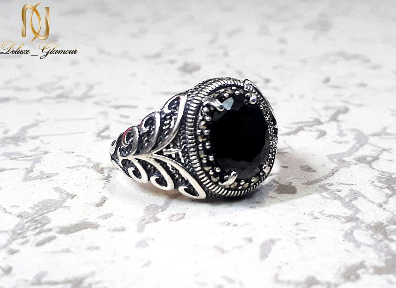 انگشتر نقره مردانه عیار 925 با نگین عقیق مشکی rg-n252 از نمای روبرو
