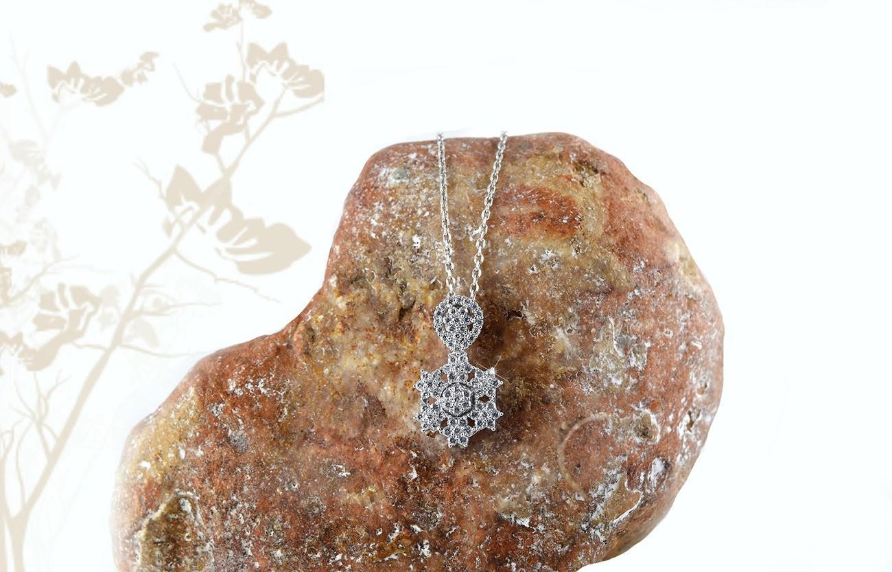 گردنبند زنانه نقره با کریستالهای برلیان اتمی Nw-n253 (3)