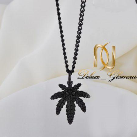گردنبند مردانه مشکی استیل طرح نخل خرما nw-n256 از نمای روبرو