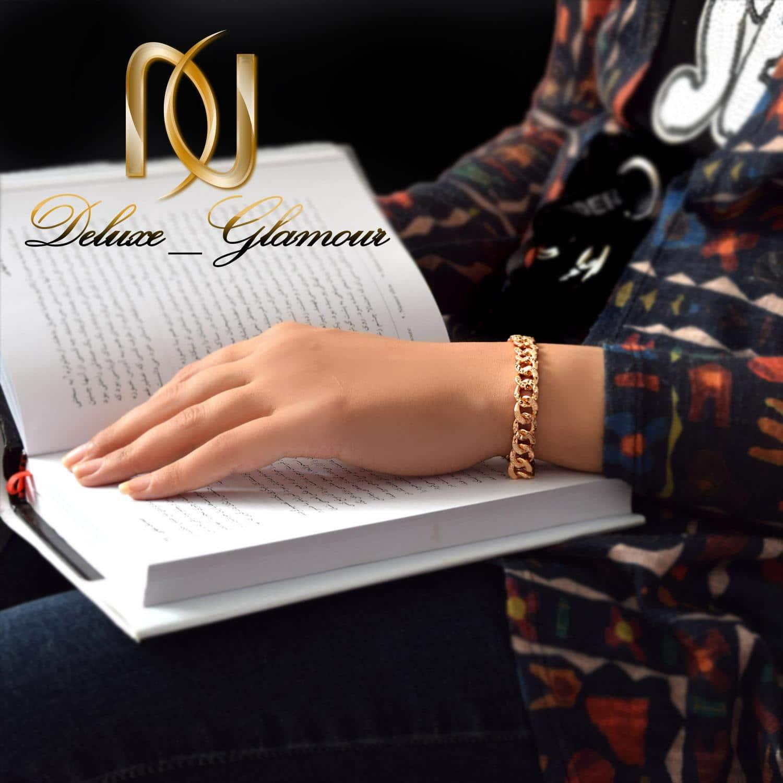 دستبند زنانه ژوپینگ طلایی طرح کارتیر ds-n268 - روی دست