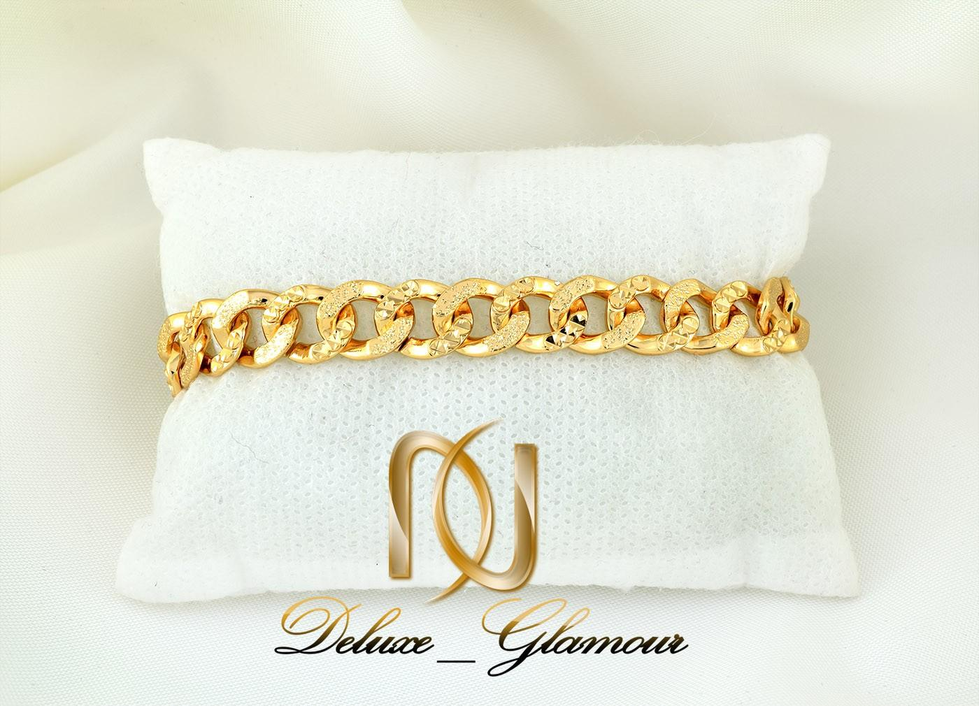 دستبند زنانه ژوپینگ طلایی طرح کارتیر ds-n268 از نمای نزدیک