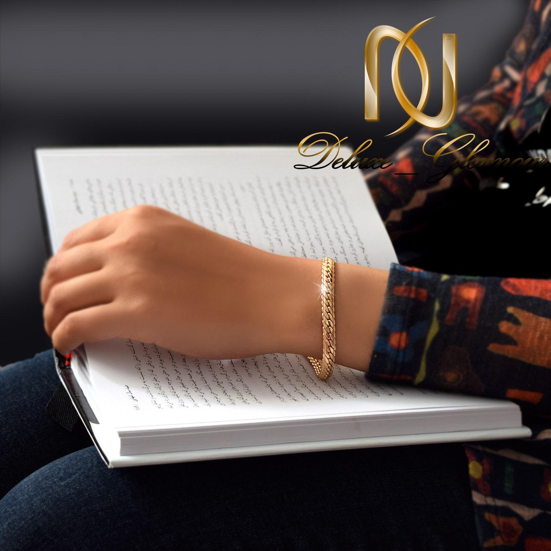 دستبند زنانه ژوپینگ طلایی طرح کارتیه ds-n262 - روی دست