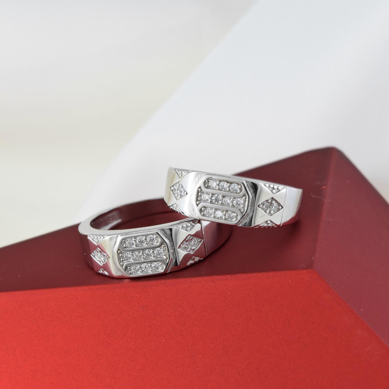 ست حلقه نقره عیار 925 تایلندی با نگین برلیان rg-n276 از نمای قرمز