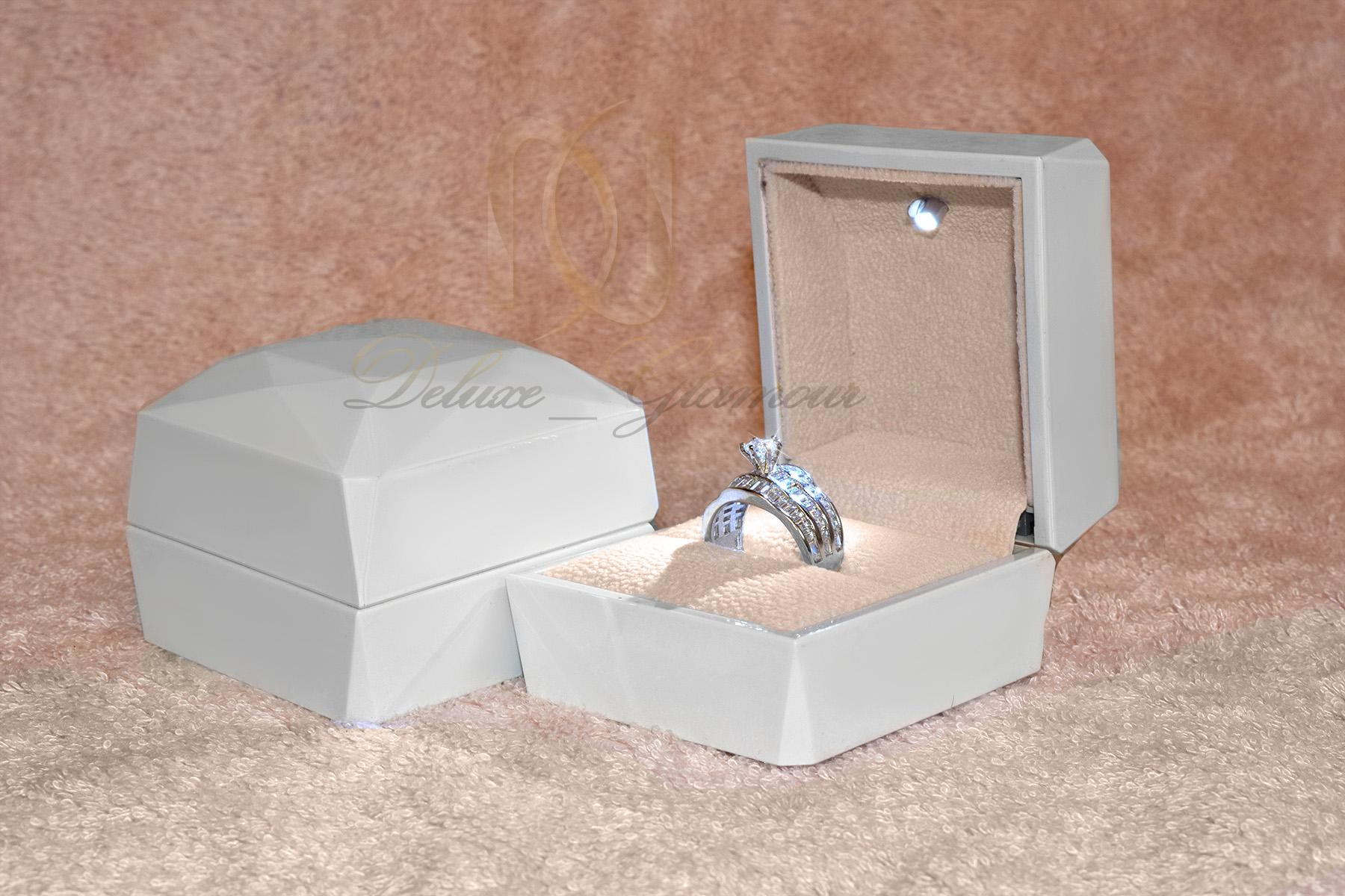جعبه های کادویی مناسب زیورآلات