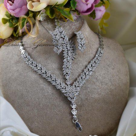 سرویس نقره عروس جواهری با نگین برلیان ns-n228 از نمای روبرو