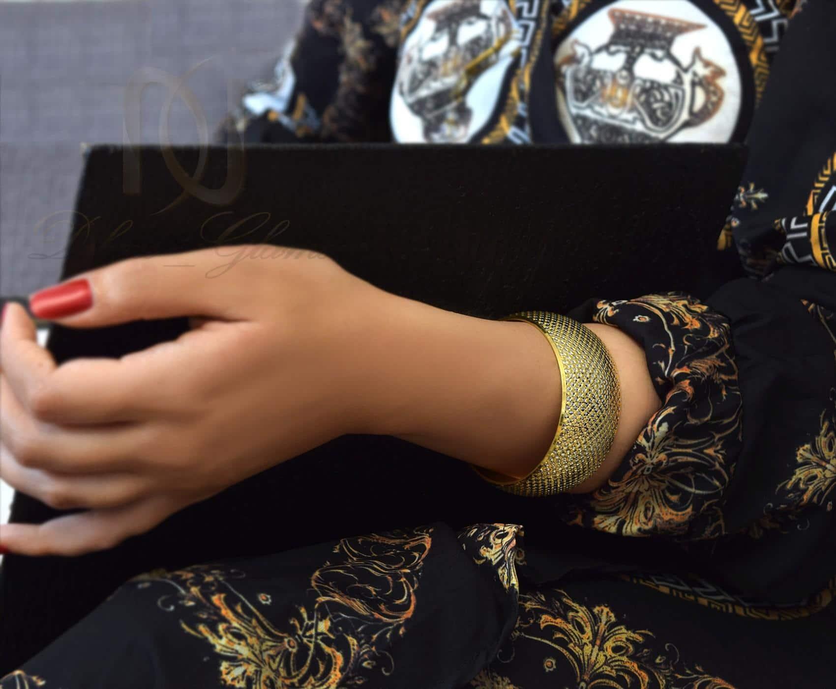 دستبند تك پوش نقره زنانه طرح طلا ds-n303 - عکس روی دست