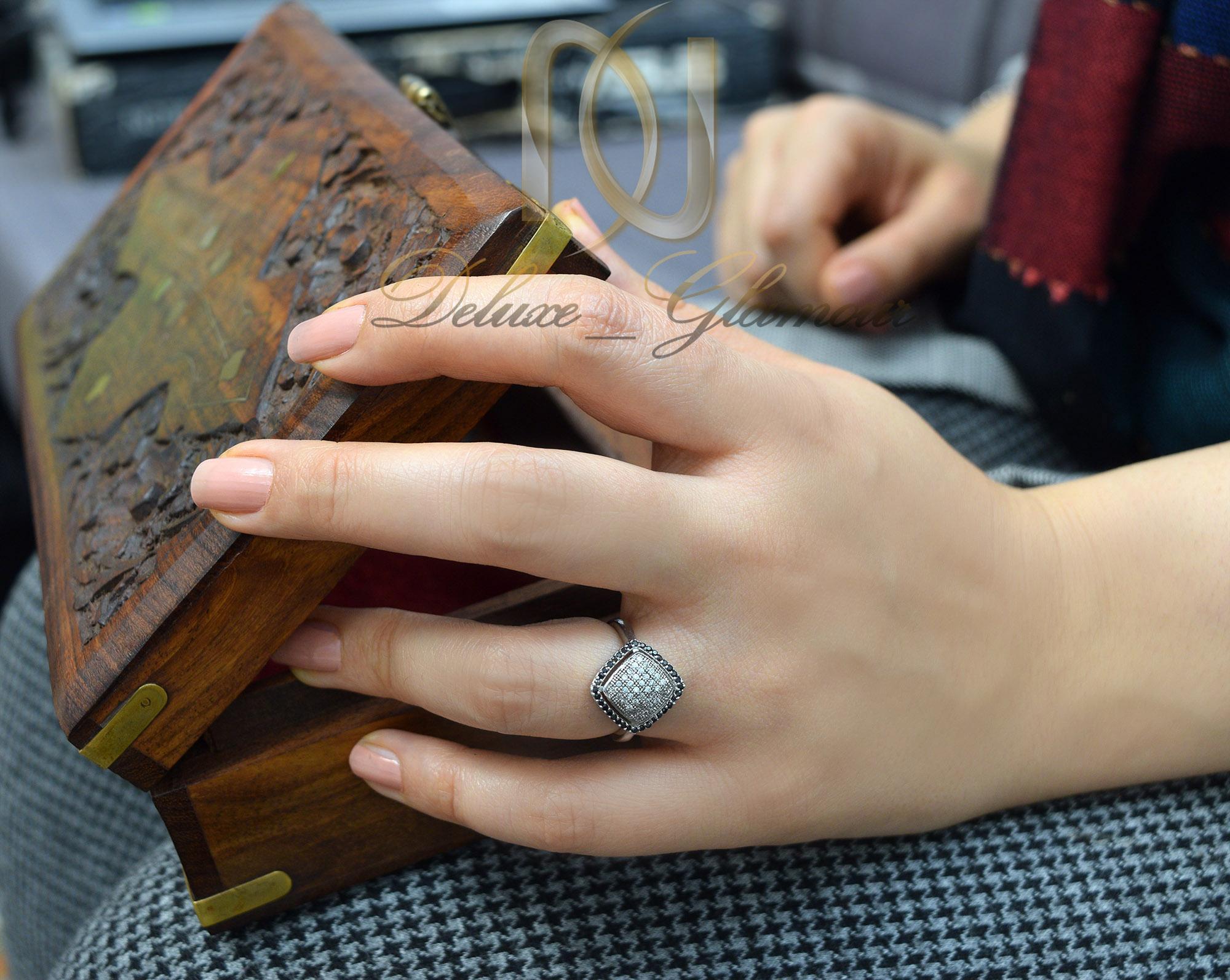 انگشتر زنانه نقره تایلندی نگین دار rg-n255