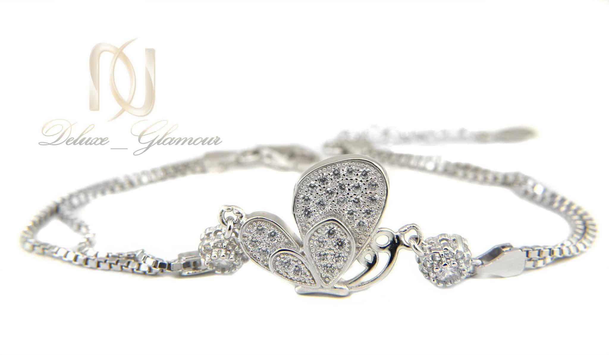 دستبند دخترانه نقره طرح پروانه ds-n334 از نمای نزدیک