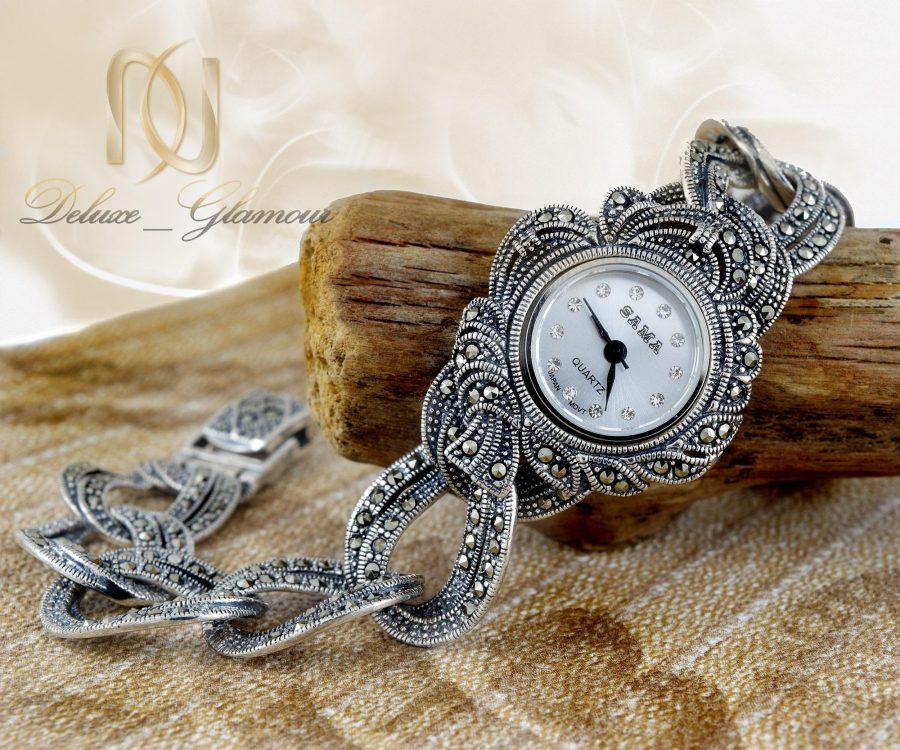 ساعت نقره زنانه طرح سیاه قلم wh-n117 از نمای کنار