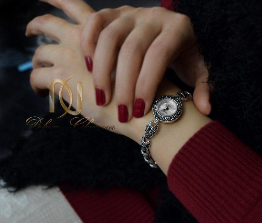 ساعت نقره زنانه ظریف سیاه قلم wh-n124