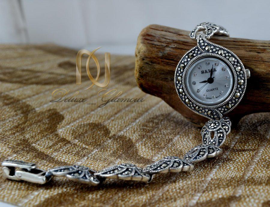 ساعت نقره زنانه ظریف سیاه قلم wh-n124 از نمای کنار