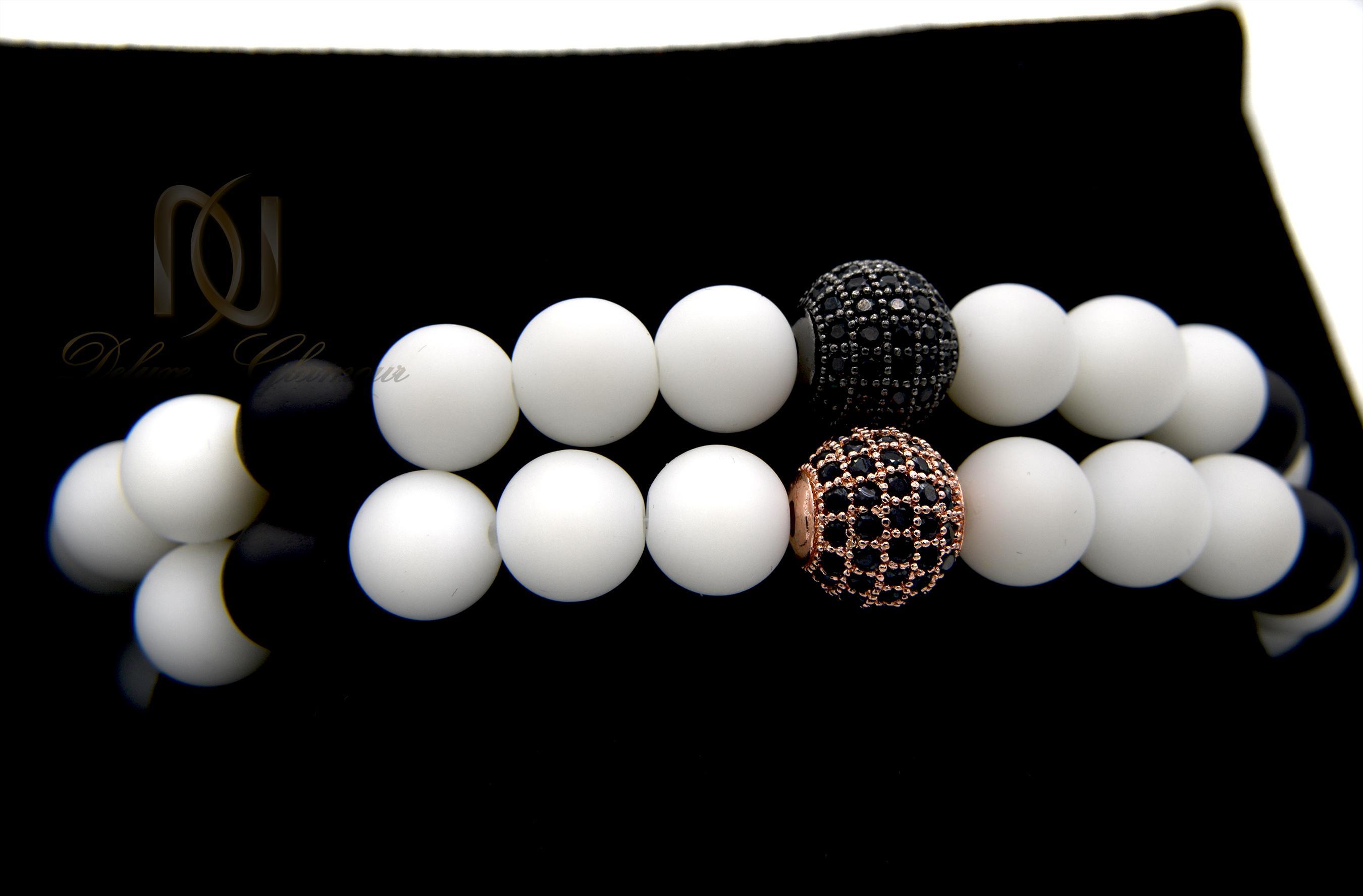 دستبند ست سنگ اونیکس با مهره سواروسکی ds-n348 از نمای نزدیک