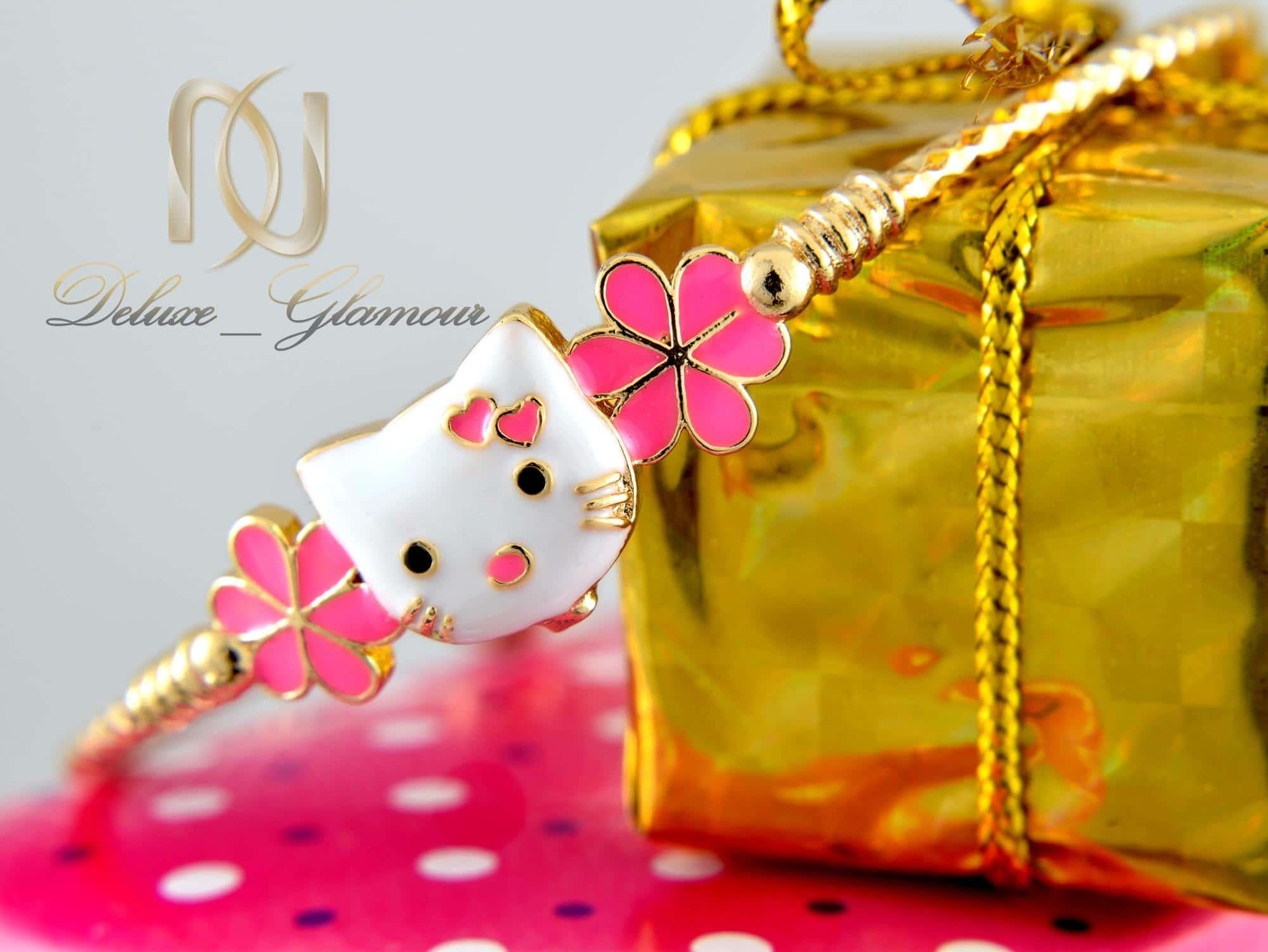 دستبند کودکانه طرح کیتی صورتی ds-n339 از نمای نزدیک