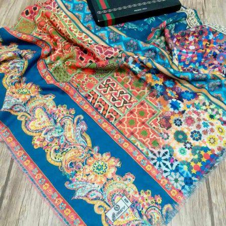 روسری قواره بزرگ نخی تک طرح sr-n 215 از نمای نزدیک