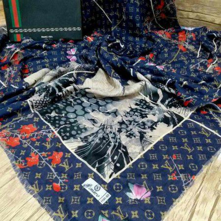 روسری نخی قواره بزرگ پاییزه پایین ریشه سوزنی sr-n 199 از نمای نزدیک