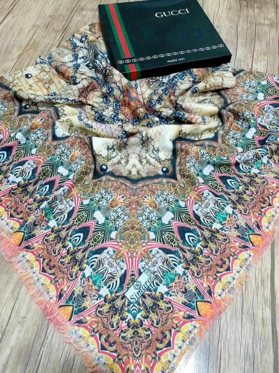 روسری نخی پاییزه پایین ریشه سوزنی sr-n 214 از نمای نزدیک